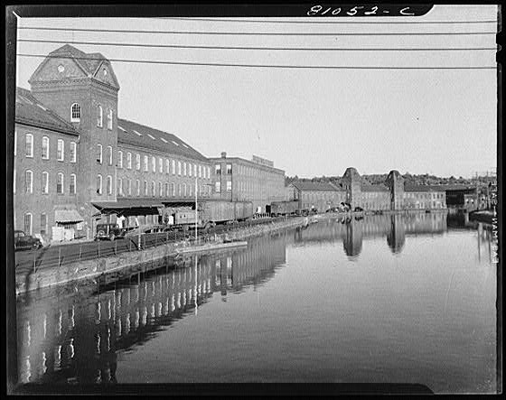 canals of holyoke